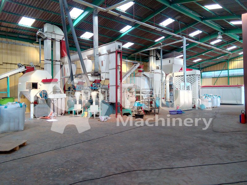 Maroc pellet mill plant built for 3 ton per hour wood pellet manufacturing production