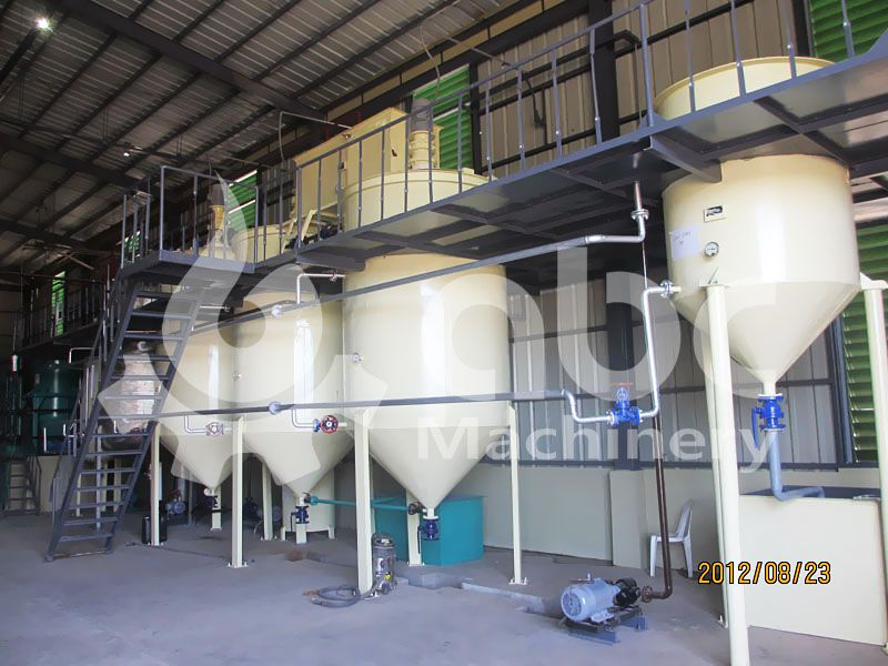 copra coconut oil refinery machine in the oilseeds processing plant