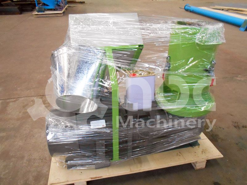 packing details of the small sawdust pellets mill machine for sale