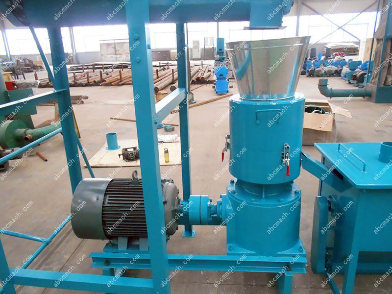 details of the animal feed mill machine for small production line