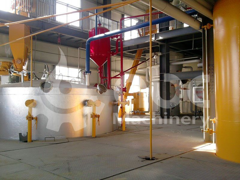 solvent extraction equipments for the soyabean processing line