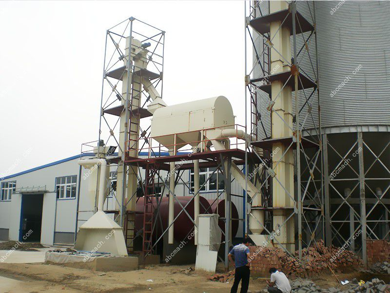 storage silo of large poultry and cattle feed mill plant