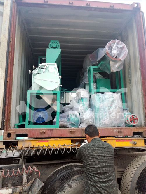 wheat flour machine for small scale flour making company being loading