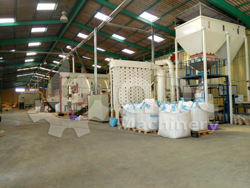 wood pelletizing and pellets cooling & bagging machine